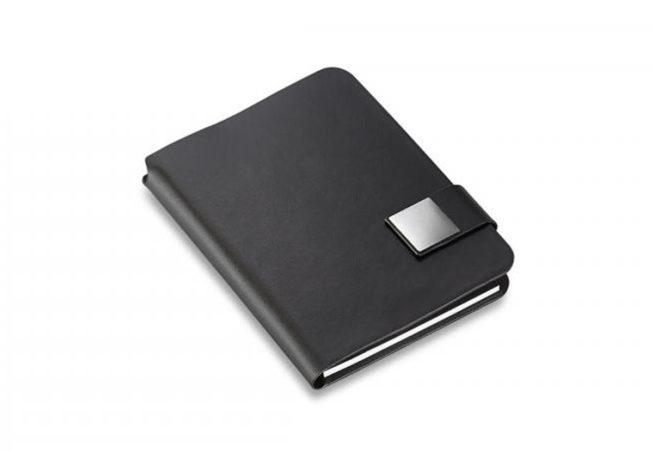 Notebook Tom Geschlossen